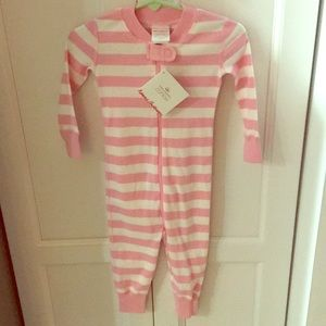 New Hanna Andersson Size 75 pjs NWT